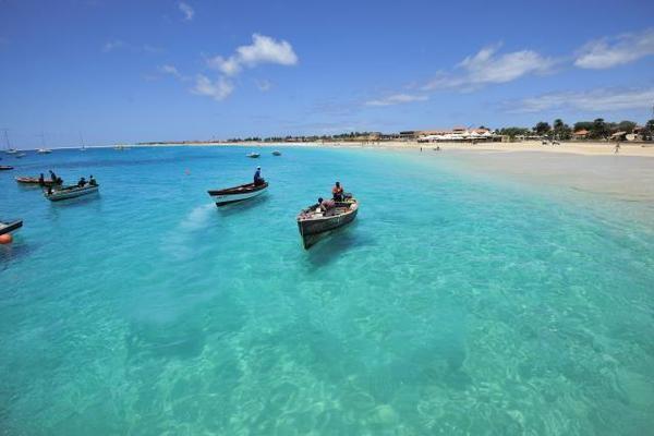 (fictif) - Circuit Echappée capverdienne- Arrivée à Sal - Riu Funana