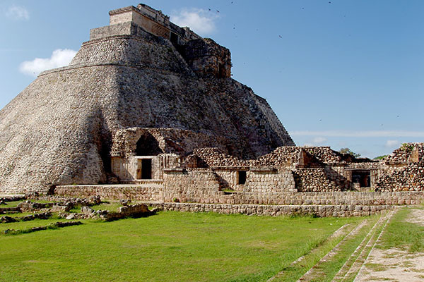 Monument - Circuit Charme colonial et civilisation Maya & extension Cancun