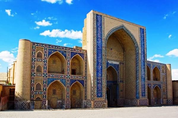 Monument - Circuit Lumieres de l'Ouzbekistan