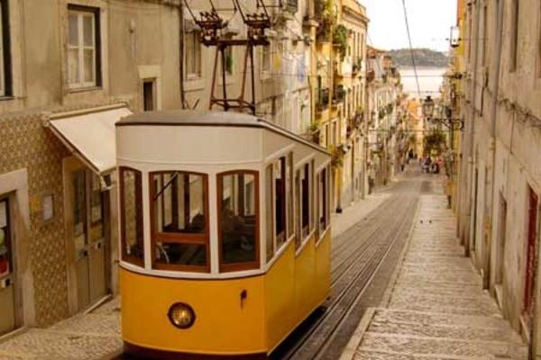 circuit indispensable portugal portugal partir pas cher. Black Bedroom Furniture Sets. Home Design Ideas
