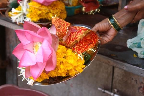 Offrandes fleuries - Sri Lanka Authentique 3* et Extension balnéaire