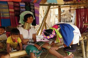 Vacances Bangkok: Circuit Du triangle d'Or aux femmes girafes et extention Pattaya