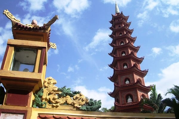Monument - Combiné circuit et hôtel Beautés du Vietnam et extension à Phan Thiet 2017