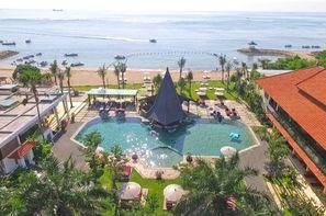 Bali-Denpasar, Combiné hôtels - Balnéaire à l'hôtel Sadara Boutique Beach Resort à Benoa + Tjampuhan Charme à Ubud