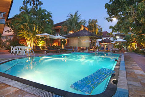 Circuit Circuit 3* Charme +  Wina Holiday Villa Kuta 3* Sup INDONÉSIE