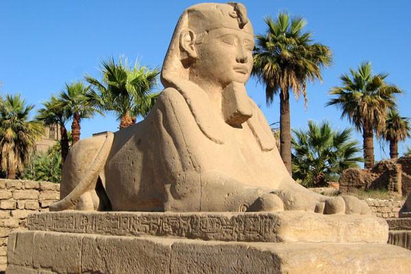 Monument - Croisière Sur le Nil + visites et séjour au Stella Makadi Beach 5*