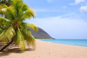 Guadeloupe-Pointe A Pitre, Combiné hôtels Entre plages et terres de feu