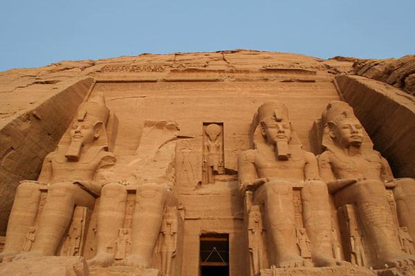 Monument - Croisière Au fil du Nil 5*