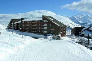 - L'Alpe d'Huez, Résidence avec services Pierre & Vacances Les Horizons d'Huez
