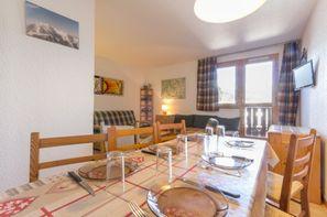 - Bellentre, Résidence avec services Ski & Soleil Maison Tresallet