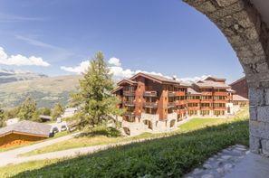 - Les Coches, Résidence avec services Ski & Soleil Le De 2