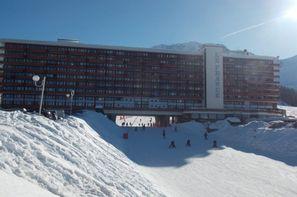 - La Plagne, Résidence avec services Ski & Soleil Le France