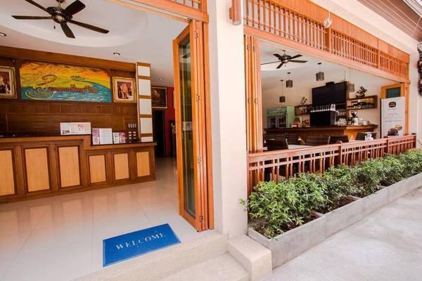 Autres - Panomporn Patong Place 3*