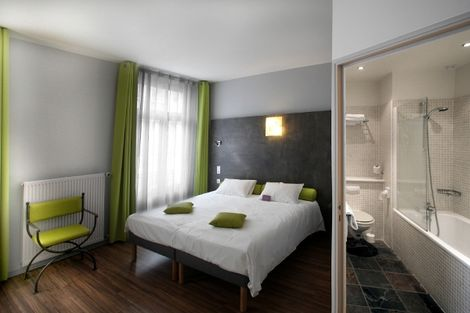Hôtel Les Bains Romains Charme / ARCHIVE 3* - SAINT-NECTAIRE - FRANCE
