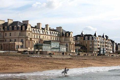 Façade - Grand Hôtel des Thermes France Bretagne - Saint Malo