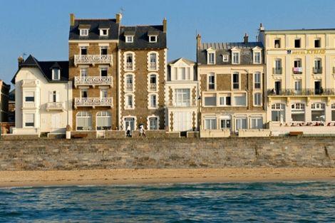 Façade - Le Jersey France Bretagne - Saint Malo
