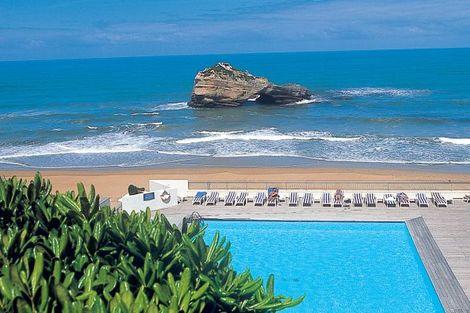 Piscine extérieure et océan - Sofitel Biarritz le Miramar Thalassa France Cote Atlantique - Biarritz