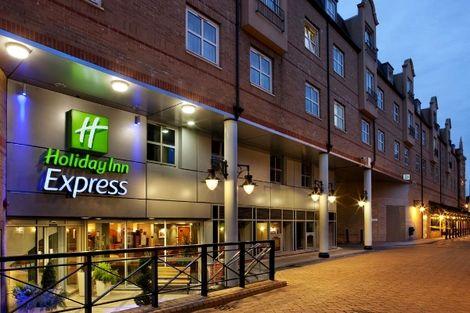 Hôtel Holiday Inn Express Hammersmith 2* - En Ferry - SÉJOUR SPÉCIAL HARRY POTTER - LONDRES - ROYAUME-UNI