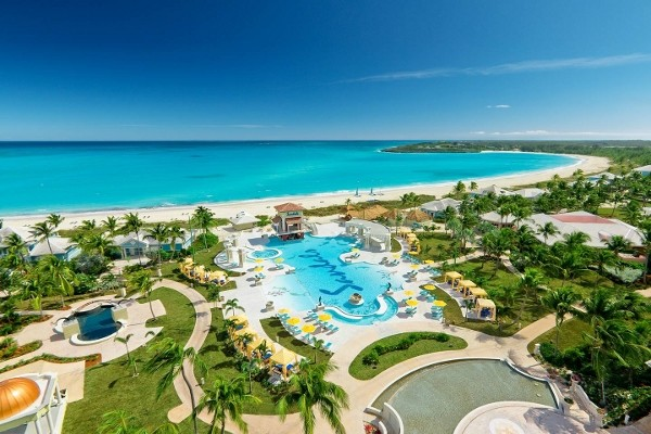 Piscine - Sandals Emerald Bay aux Bahamas