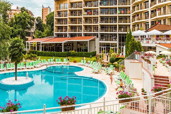 Piscine - Hôtel Smartline Madara 4*