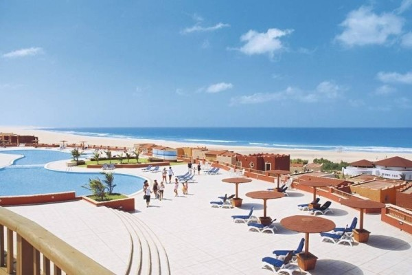 H tel club jet tours royal boa vista ile de boavista cap for Piscine cap vert