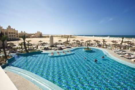 H tel top clubs iberostar boa vista 5 ile de boavista cap for Cap vert dijon piscine