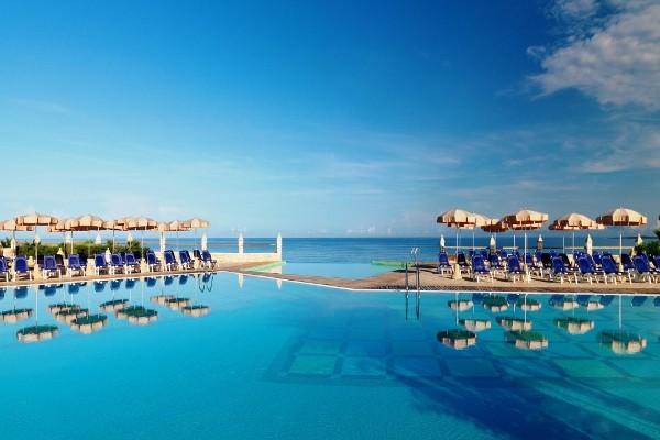 Piscine - Hôtel Top Clubs Iberostar Boa Vista 5*