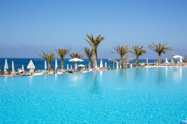 H tel king evelthon beach h tel and resort chypre paphos for Toulouse chypre