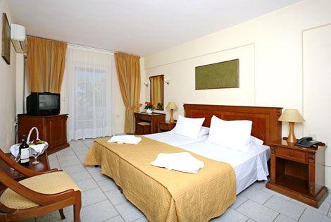 Hôtel Alexander House  4* - AGIA PELAGIA - GRÈCE