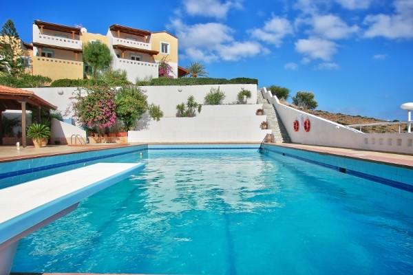 Hôtel Castri - piscine - Castri Village