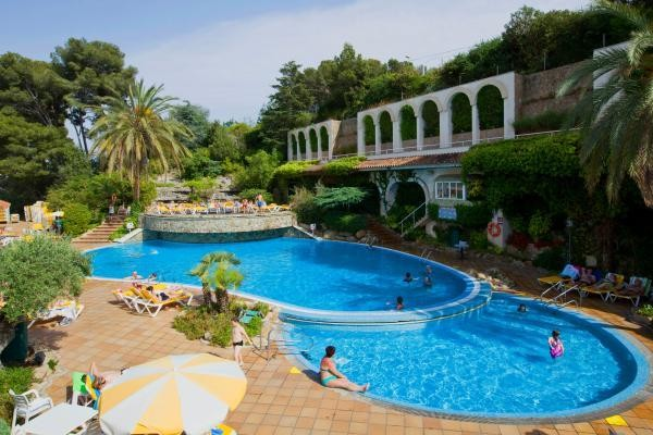 H tel guitart gold central park aqua resort lloret de mar for Aqua piscine otterburn park