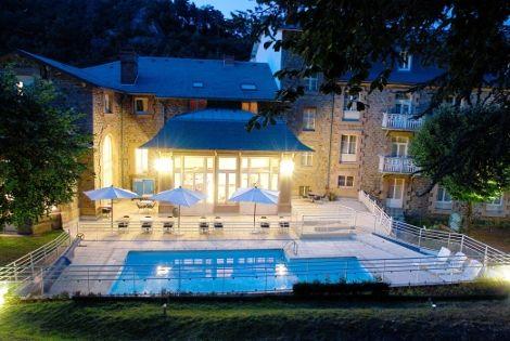Hôtel les Bains Romains 3* - SAINT-NECTAIRE - FRANCE