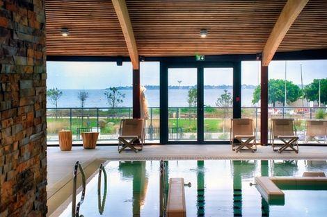 piscine intérieure - Thalasso Concarneau Spa Marin Resort France Bretagne - Concarneau