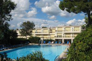 France Provence-Cote d Azur - Saint Raphael, Résidence locative Maeva La Corniche d'Or
