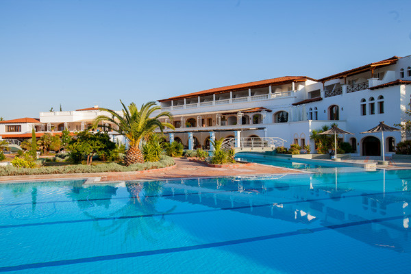 Piscine - Hôtel Eretria Village 4*