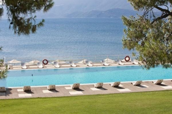 Piscine - Hôtel Kalamaki Beach 4*