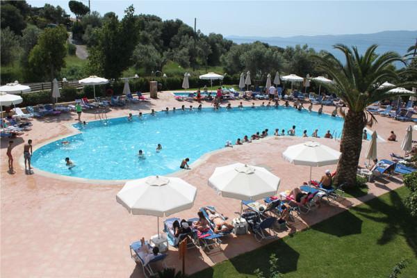 Piscine - Club Marmara Amarynthos 4*