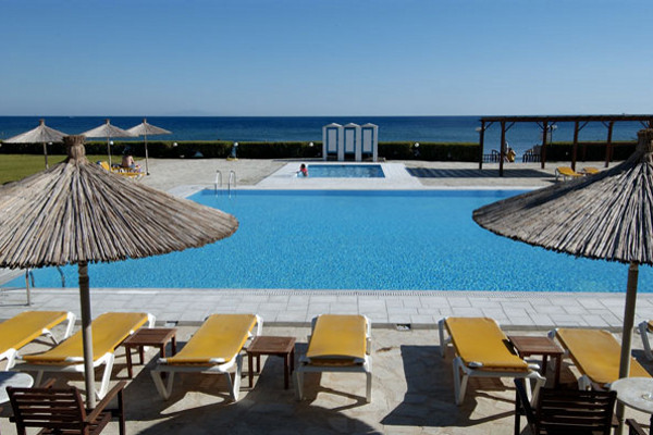 Piscine - Hôtel Tinos Beach. 3*
