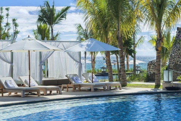 H tel the st regis mauritius resort d couvertes for Bourg st maurice piscine