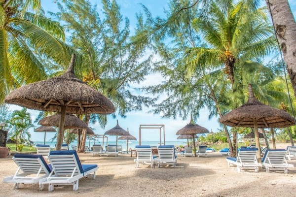 Plage - Hôtel Seaview Calodyne Lifestyle Resort 4*