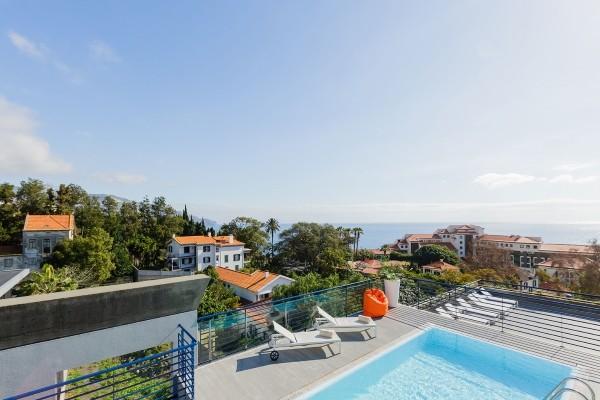 Piscine et vue - Terrace Mar Suite