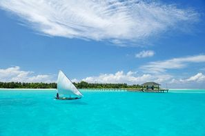 Maldives-Male, Hôtel Holiday Island Resort & Spa
