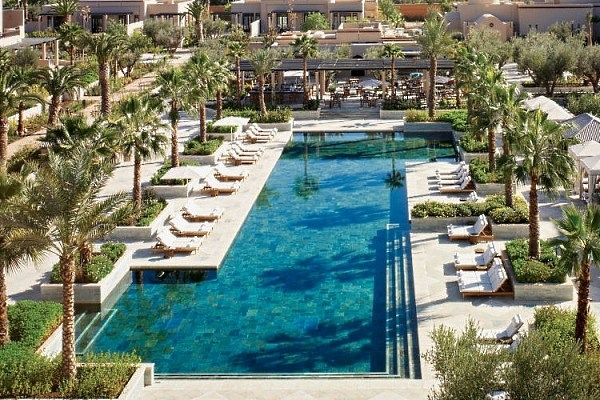 H tel four seasons marrakech 5 maroc r servation for Hotel de charme marrakech avec piscine