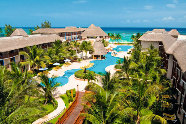 Piscine - Hôtel Reef Coco Beach 4*