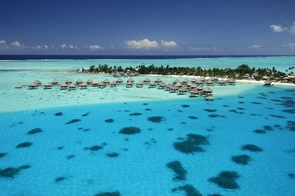 Hôtel Intercontinental Bora Bora Le Moana Resort 4*