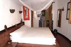 Senegal-Dakar, Hôtel Ndaali