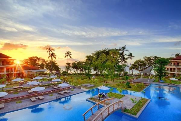 Piscine - Savoy Resort & Spa 5*