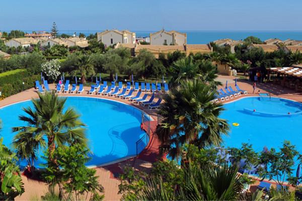 piscine - Hôtel Dolcestate
