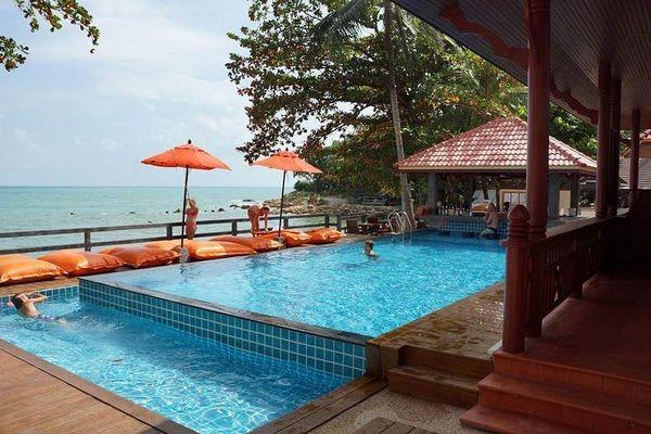 H tel bhundhari chaweng beach resort koh samui thailande partir pas cher for Hotel pas cher bangkok avec piscine
