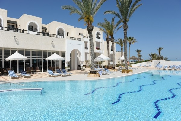 -  - Club Maxi Club Jazira Beach & Spa 3*